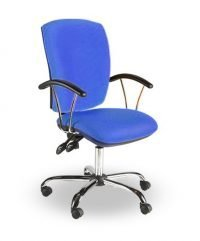 Square back operator chair with chrome base